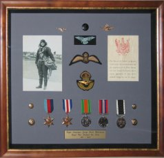 Medal, photo and documents